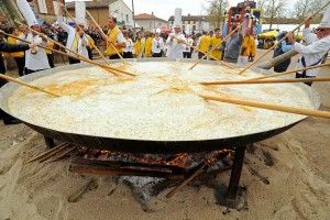 More Than a Few Eggs: French Cook 15,000-Egg Omelette