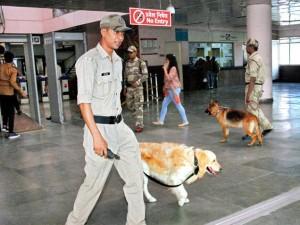 Delhi Metro staffer robbed of Rs. 12 lakh