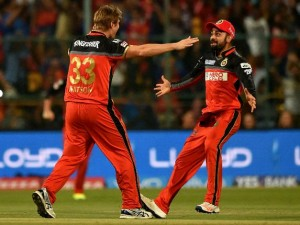 As it happened: Watson, RCB spinners breaks SRH spine