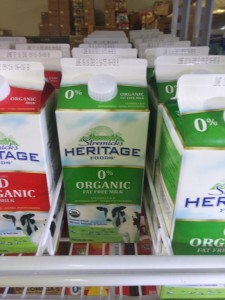 100% non-organic milk packaging