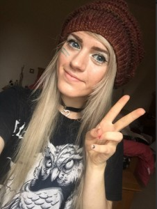Bizarre claims that ISIS plotted to slaughter fans of London YouTube fashion blogger by kidnapping her and luring fans to meet her are investigated by police