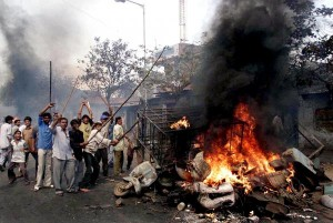 Indian courtroom fingers down eleven life sentences for 2002 anti-Muslim rioting