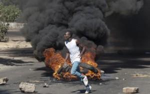 ZIM SOCIAL MEDIA ANGER ERUPTS INTO ANTI-MUGABE PROTESTS