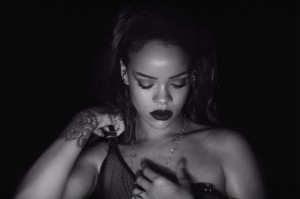 Rihanna Gets Her 26th No. 1 on Dance Club Songs Chart With 'Kiss It Better'