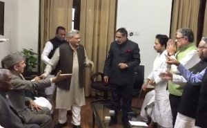 Mamata's Party Shakes Hands With Left As Opposition Unites Against Notes Ban