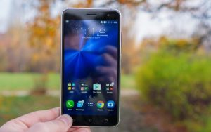 Asus stops ZenFone 3 Android Nougat update rollout