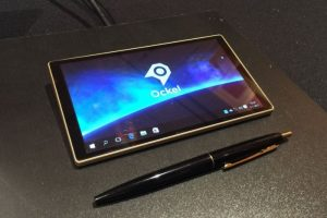 Ockel crams Windows 10 into a pocket-sized touchscreen PC