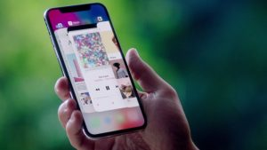 iOS 11.1.2 Update Released, Fixes iPhone X's Unresponsive Display Issue and More