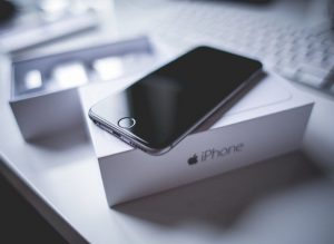 iPhone 6 Plus Replacement Batteries in Short Supply Until March: Report