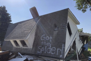 'Got the Spider!' Written on Demolished House is Internet's Latest Joke